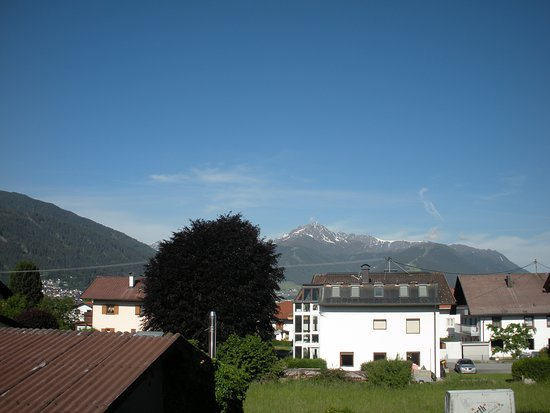 Gotzens, Austria: Blick aus dem Fenster