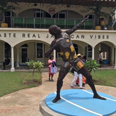 Usain Bolt's Tracks and Records