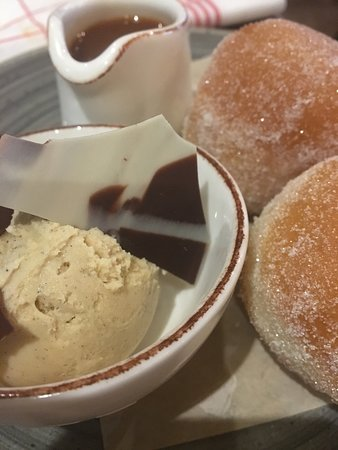 Chewton Glen Hotel & Spa: The Kitchen do-nut desert