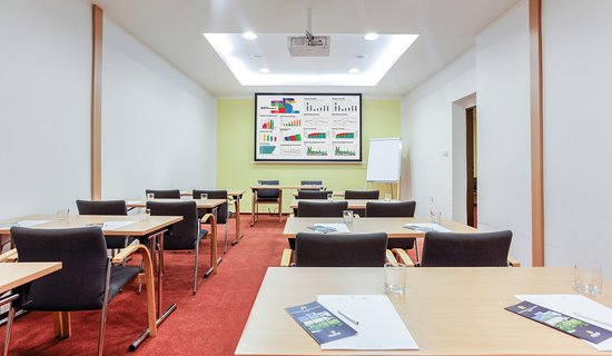 Hotel Globus: conference room