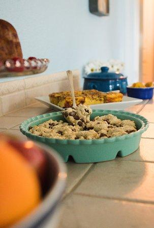 South Cliff Inn: homemade breakfast daily