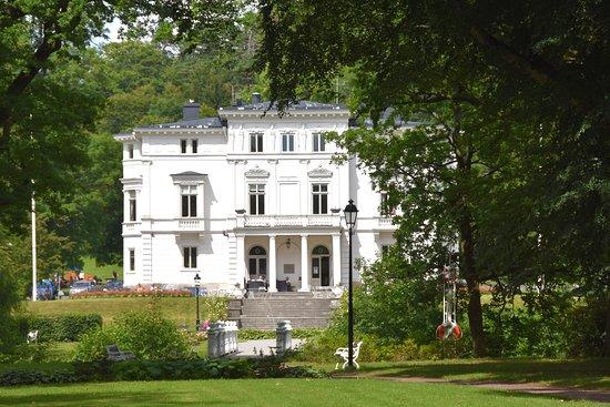 Alingsas, สวีเดน: Baksidan av slottet
