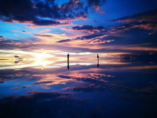 Brisa Tours: Salar de Uyuni - Atardecer3