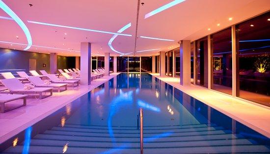 The Spa at Radisson Blu Resort: Indoor pool