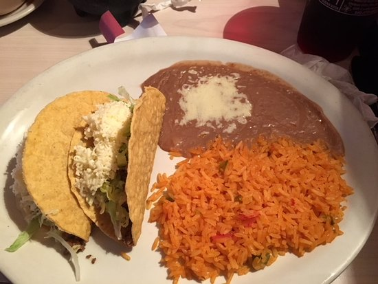 Buena Vista, VA: Two taco meal