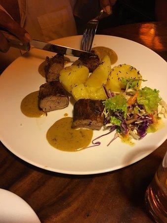 The Bavarian German Restaurant and Pub : Pork medallion