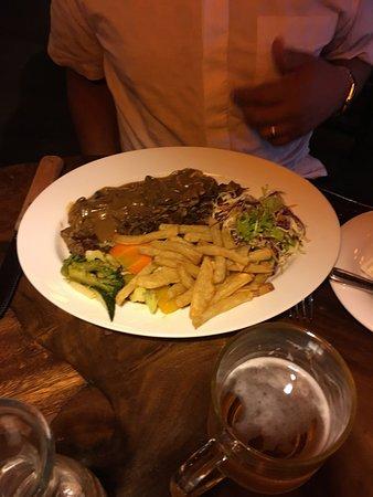 The Bavarian German Restaurant and Pub : Steak