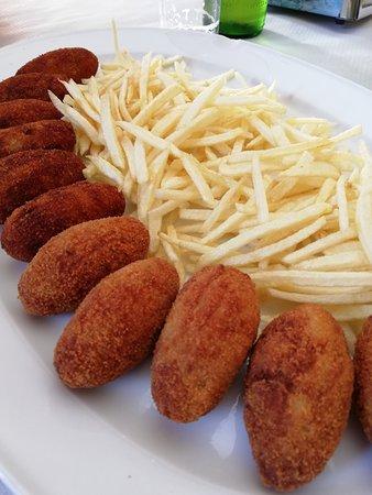Casa Luis: polpettine di pesce e patate