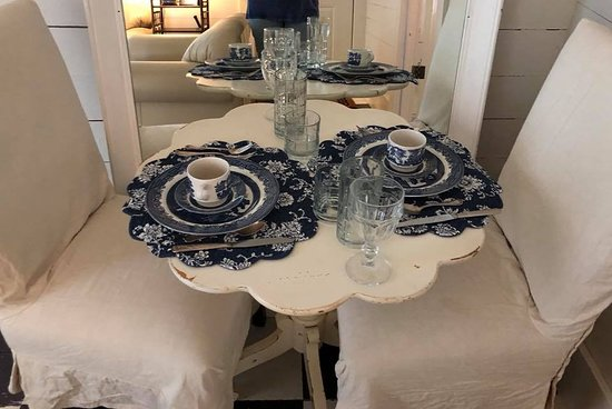 Wakefield Farms : Bistro dining table in our house set beautifully