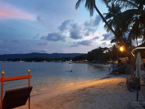 Chaba Cabana Beach Resort: Sunset