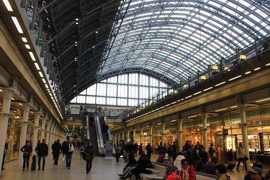 St. Pancras International Station: Bagian dalam stasiun