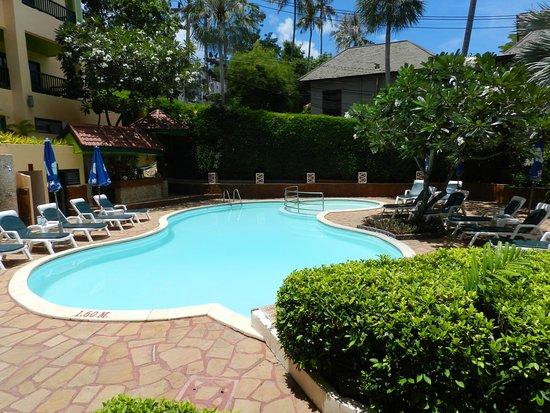 Chaba Cabana Beach Resort: Small Pool