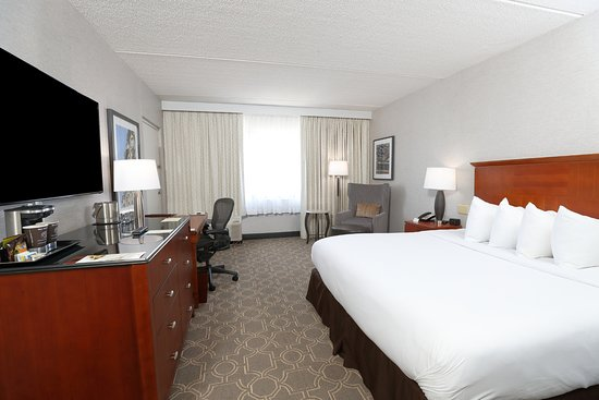 Doubletree Hotel Boston/Westborough: King room