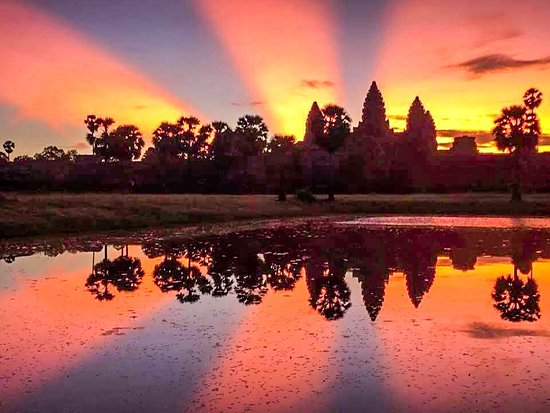 Angkor Smiling Tour