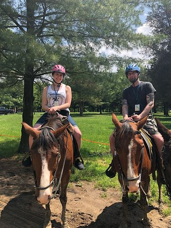 Confederate Trails of Gettysburg : My boyfriend and myself on Twister and Ulysses