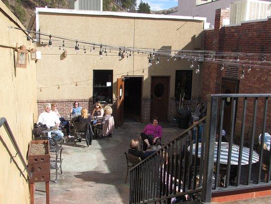The Deadwood Social Club: Outside bar seating