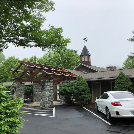 The Village Inns of Blowing Rock: Village Inn: Nice