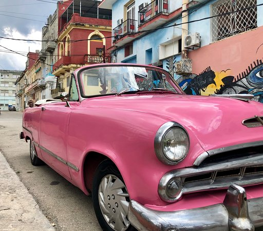 I Love Cuba Photo Tours: Photo taken of car while on tour