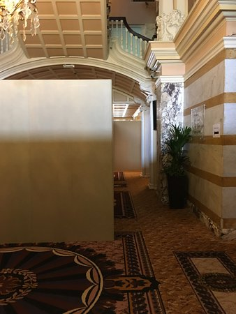 The Majestic Hotel: Foyer near the main restaurant - blocked off for refurbishment