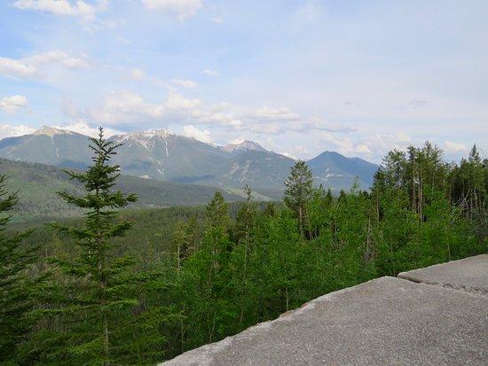 Kootenay Valley Viewpoint: Views 3
