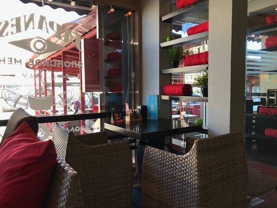Dve Palochki: Ресторан Две Палочки