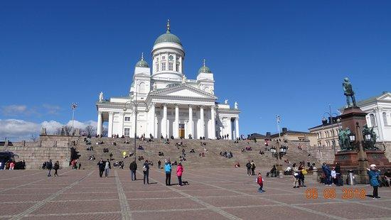 赫尔辛基主教座堂(Tuomiokirkko)照片