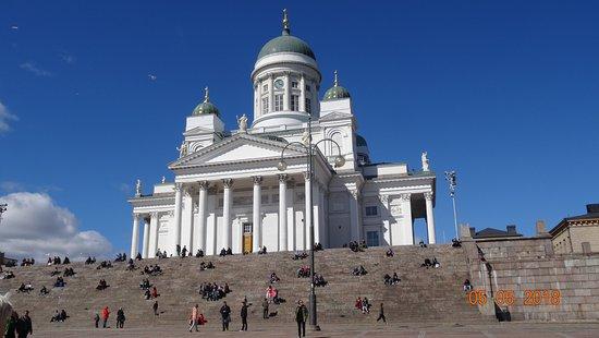 Helsinki Cathedral: Кафедральный собор Хельсинки, 5 мая 2018 года...
