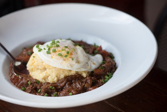 Lafayette's Music Room : Grillades & Grits (Brunch)
