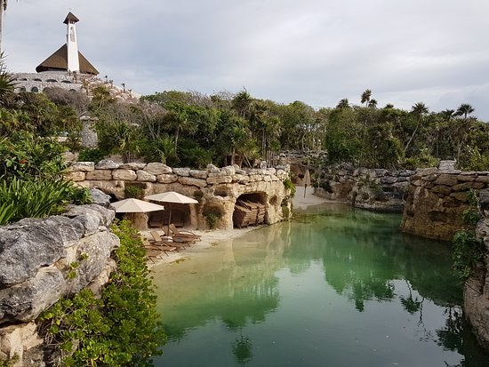 Hotel Xcaret Mexico: parte del rio interior del hotel
