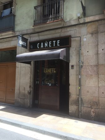 Bar Cañete : Outside