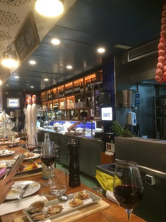 Bar Cañete : Another View Inside