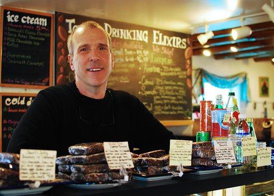 Kakawa Chocolate House: Tony welcomes you!