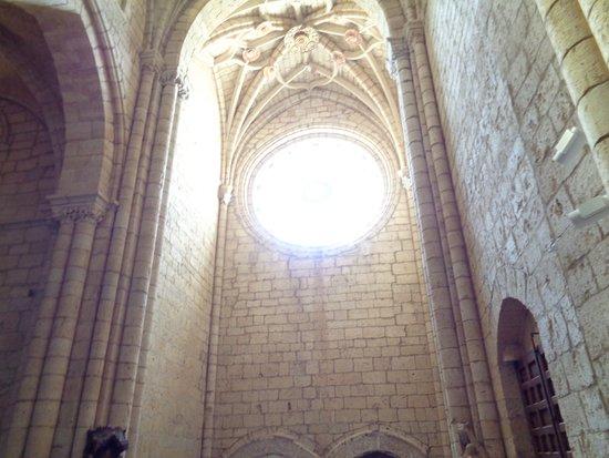 Iglesia de Santa Maria la Blanca : Iglesia Santa María la Blanca, Villacázar de Sirga (Palencia)