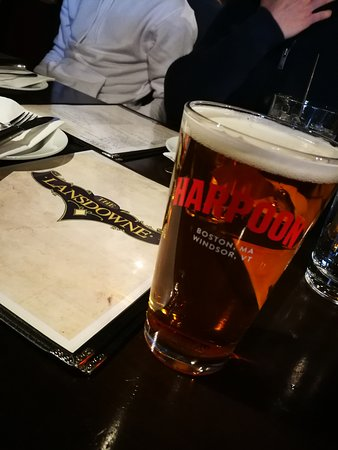 The Lansdowne Pub : want a beer?