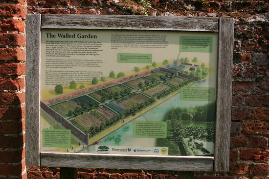 Marks Hall Gardens and Arboretum: The Walled Garden is well worth a visit
