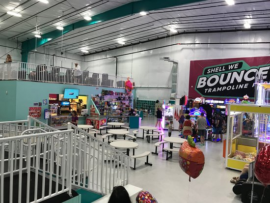 Shell We Bounce Trampoline Park Picture