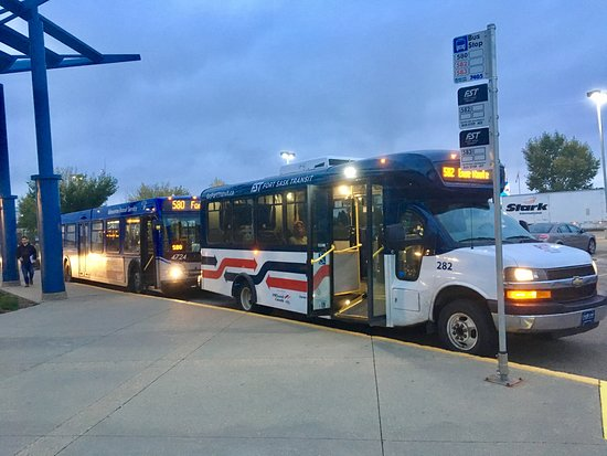 Fort Saskatchewan, Canada: both buses
