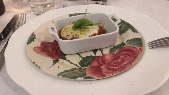 Fortunago, Włochy: parmigianina in coccotte deliziosa