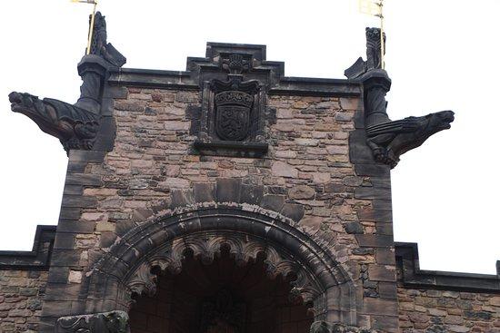 ปราสาทเอดินเบิร์ก: Inner building