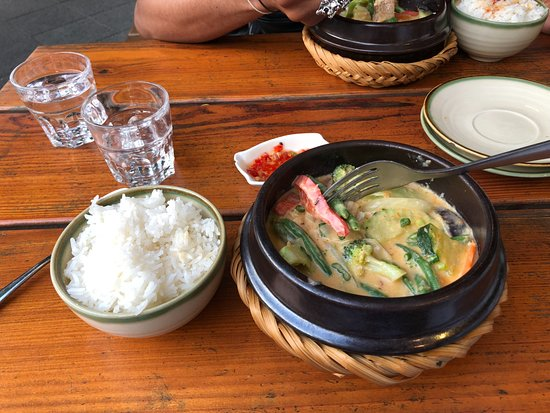 Soy : Coconut Curry