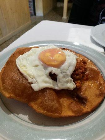 El Chigre d'Arenes : Torto de huevo y picadillo