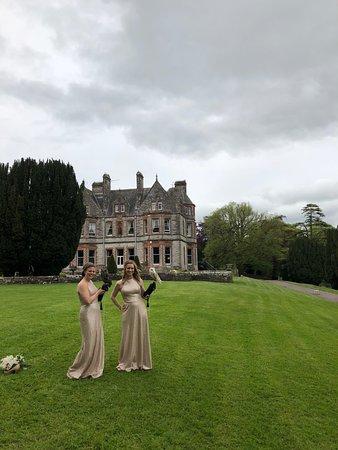 Newgrange Falconry: The bridesmaids