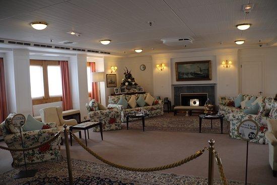 Britannia (navire) : Royal apartment