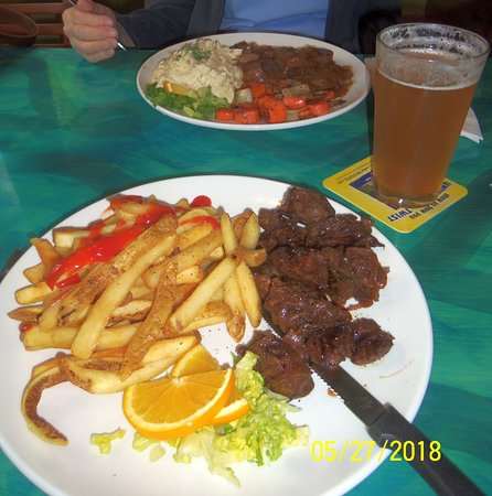 New Boston, NH: Steak Tips & Pot Roast Entrees