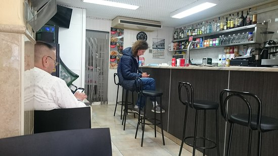 Province of Tarragona, Spain: Bar Restaurante L'Estona