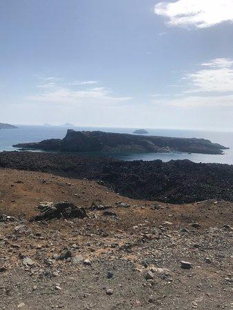 Bella Aurora & Thalassa: Hiking up the volcano.