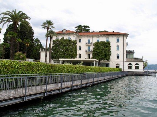 Bellariva Hotel: Walkway