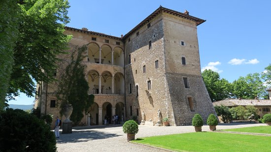 Pievescola, Ý: la villa papale