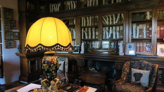 Pievescola, Italy: la bibliothèque