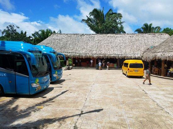 The Native Choice Tours : Nice reception area